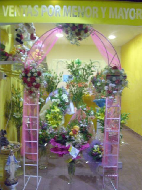 las alegrias de nacimientos con canastas ramos de rosas muaƒa ecos y