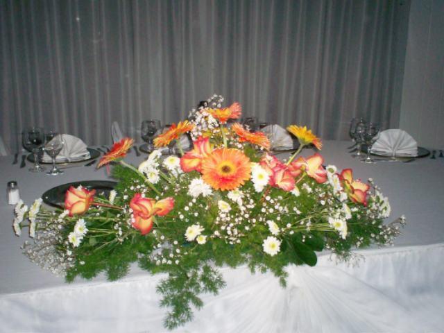 Alquiler de centros alquiler centros de flores mesa - Centros de mesa para bodas precios ...