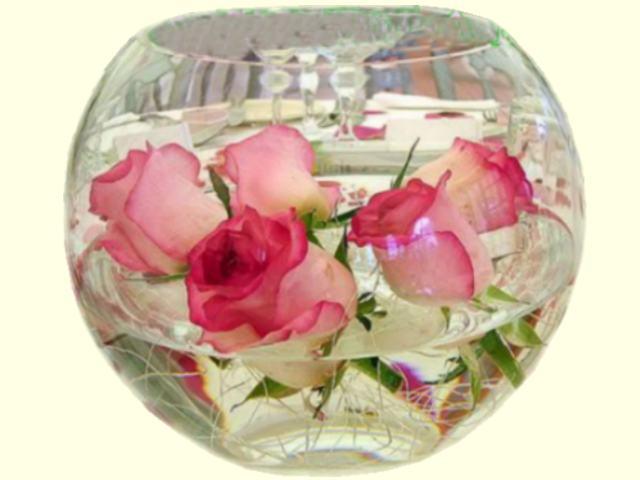 Con Rosas Flotantes  Ambientacion De Bodas Con Centros De Mesa Para