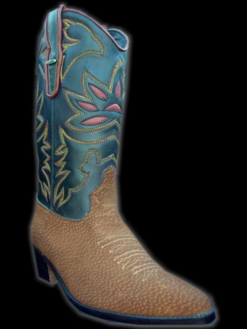Calzados y botas exclusivas texanas con diseños a medida. d86053a14158a