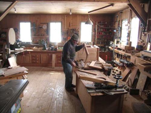 Restauracion de muebles for Fabricas de muebles de madera