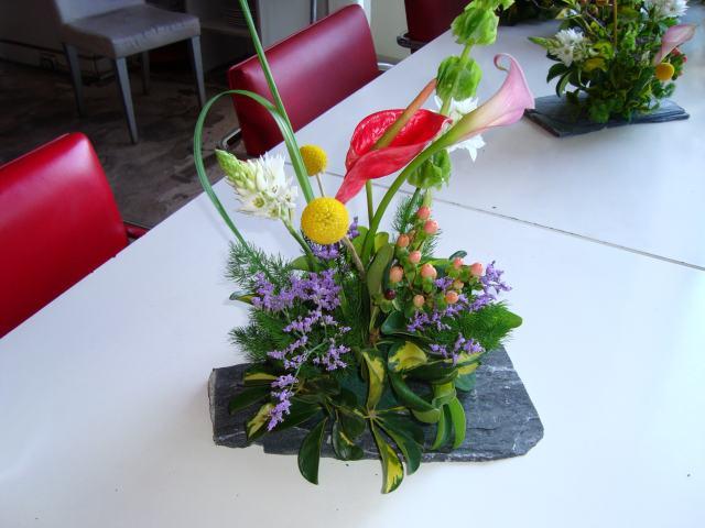 decoracion de bodas con centros de mesa florales